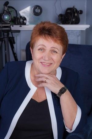 Lydia Coates